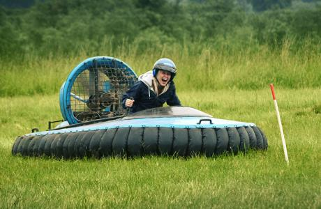 Hovercraft Driving